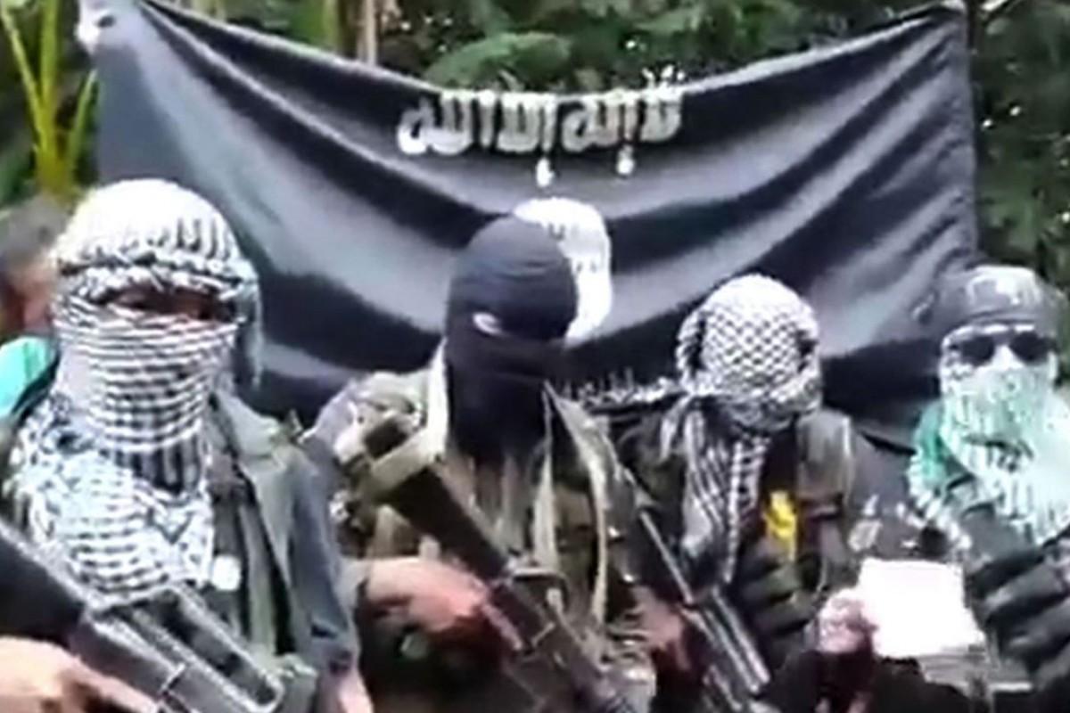 Egyptian bomb maker, 2 kasamahan patay sa sagupaan sa Sulu