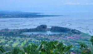 Shrinking Laguna de Bay