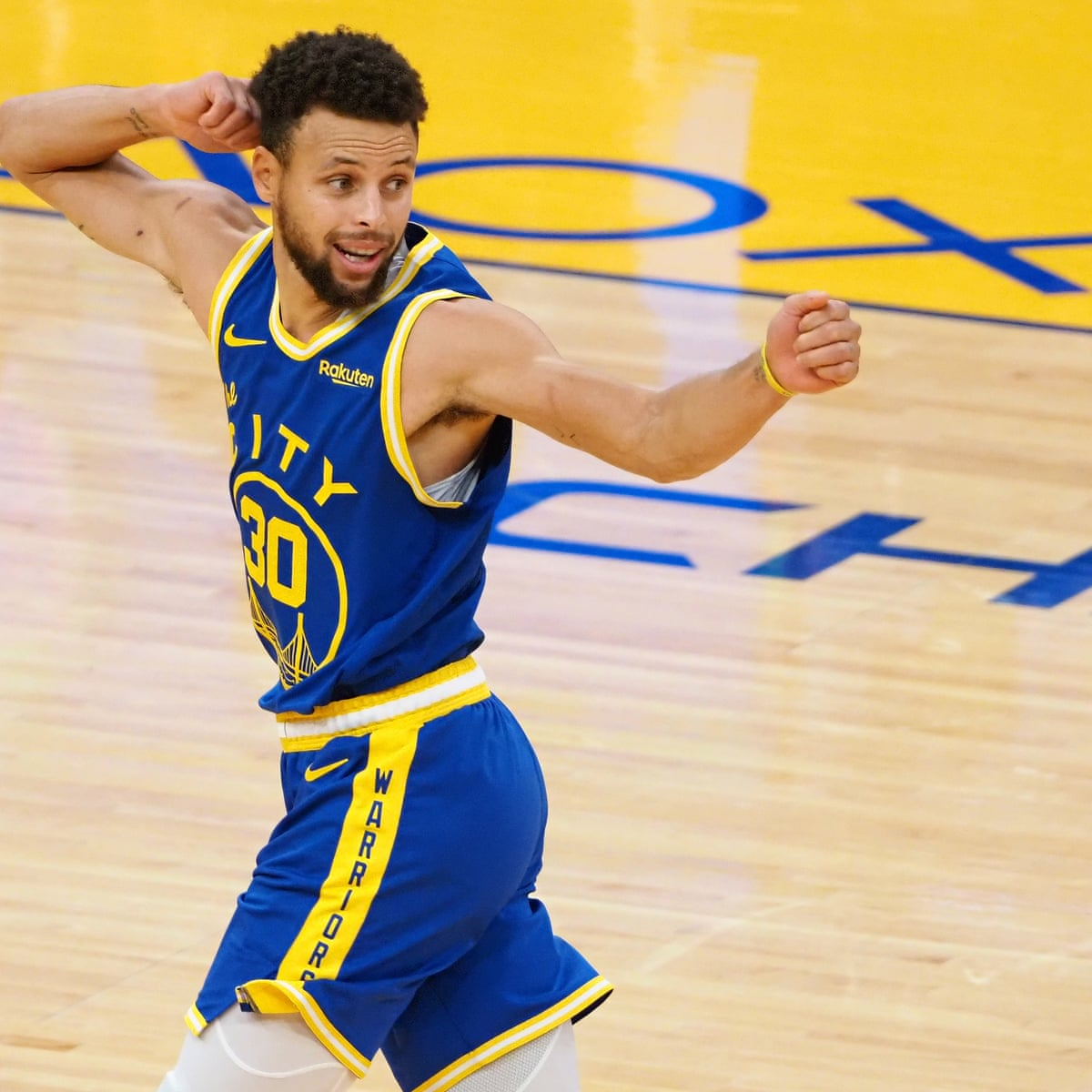 Stephen Curry celebrates birthday with a win over Jazz