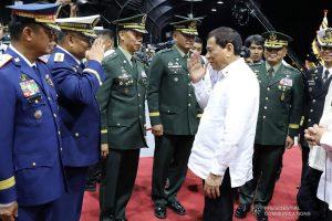 DND Chief, nadadamihan sa mga heneral ng AFP