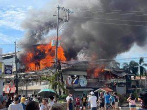 Commercial building, naabo sa Bataan