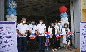 Vaccination center sa FAB, binuksan; 202 economic frontliners, binakunahan