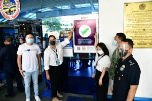 Mandaluyong City Hall, offices receive DILG safety seal