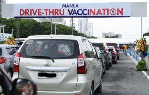Drive-through vaccination site sa Maynila, binuksan na