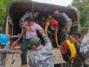 Paglilikas sa mga residenteng apektado ng pagsabog ng Bulkang Taal, patuloy