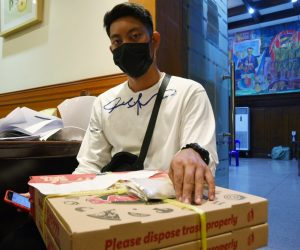 Delivery riders na-scam; limang fake bookings, ipinadala sa Office of the Mayor