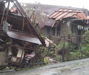 Mga pamilyang naapektuhan ng bagyong Kiko, umabot sa mahigit 12,000 — NDRRMC
