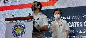 """""""Isko"""" at Doc Willie Ong, nag-file na ng kanilang COC para sa halalan sa 2022"""