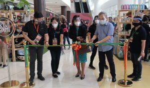 """23rd """"Likha ng Central Luzon"""" trade fair, pormal nang binuksan ng DTI"""