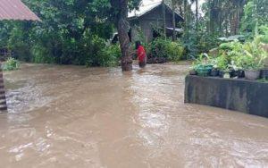 """Typhoon """"Maring"""" leaves 9 people dead, 11 missing"""